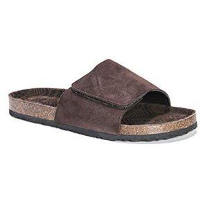 Muk Luks Brown Jackson Sandals